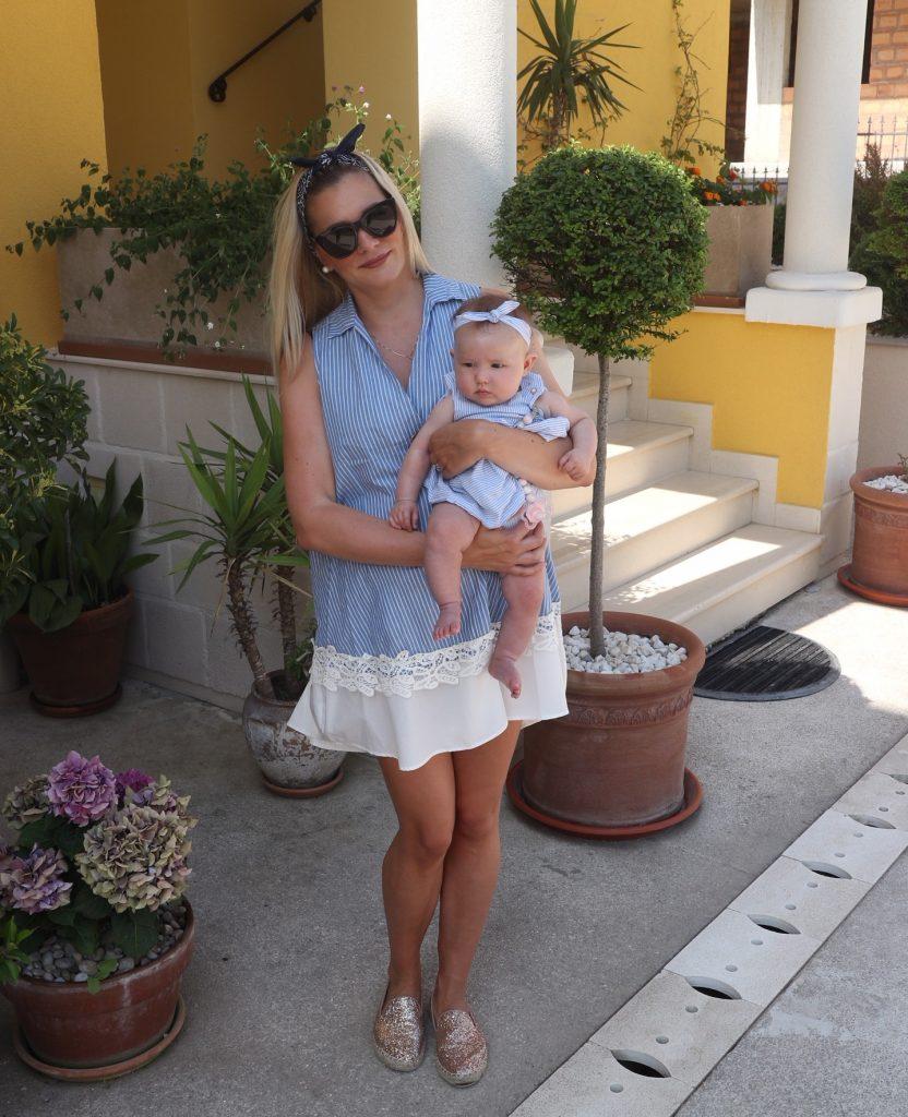 vauvan kanssa matkalla