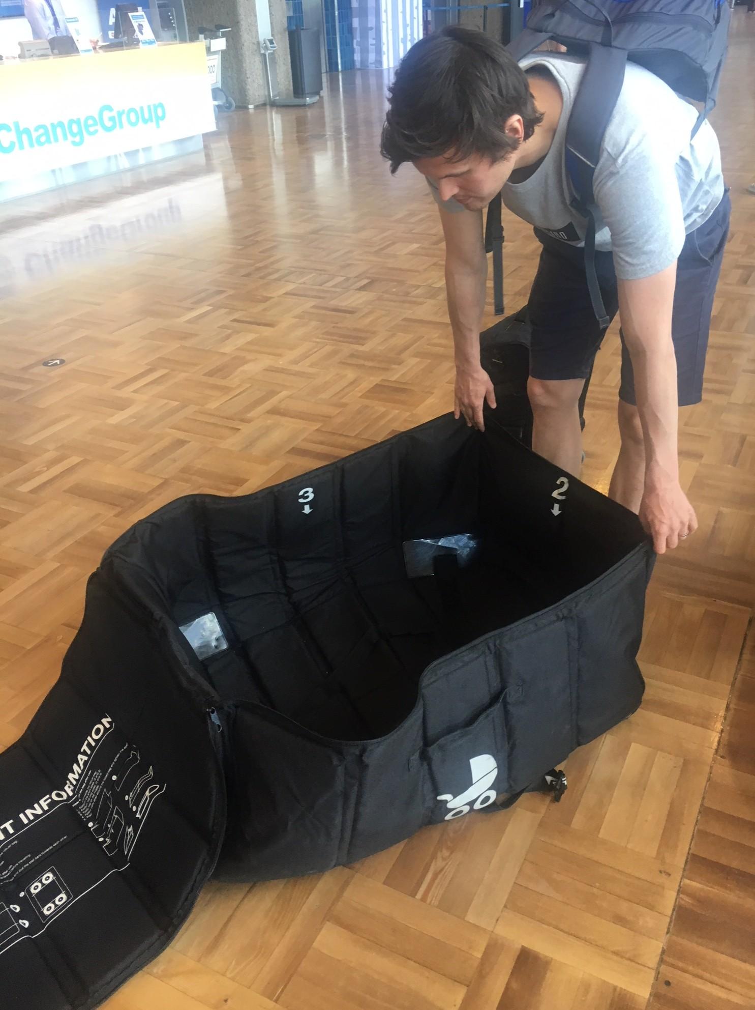 Airshell kuljetuslaukku