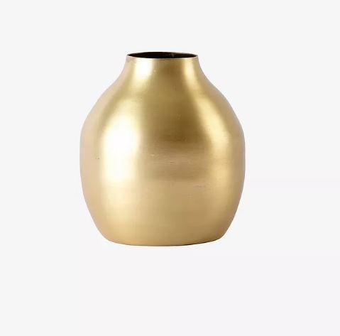kultainen maljakko